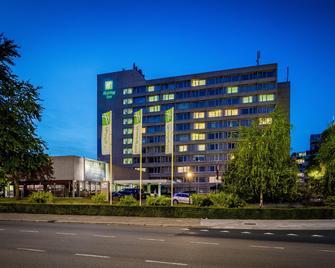 Holiday Inn Eindhoven - Eindhoven - Gebäude