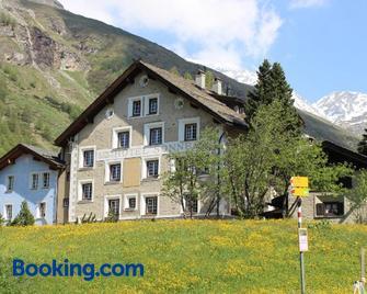 Hotel Sonne Fex Alpine Hideaway - Sils im Engadin/Segl - Gebäude