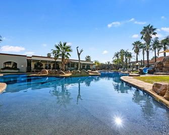 Quality Resort Siesta - Albury - Pool