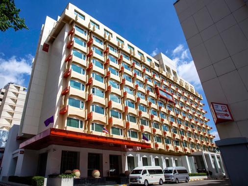 Dusitd2 Chiang Mai - Τσιάνγκ Μάι - Κτίριο