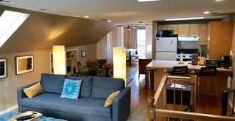 Unique Chicago Penthouse Loft - Amazing Deal & Location ! - Chicago - Sala de estar