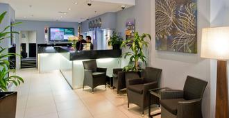 Park Regis City Centre - Sydney - Front desk