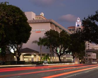 Courtyard Miami Coral Gables - Coral Gables - Gebäude