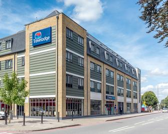 Travelodge London Bromley - Bromley - Building