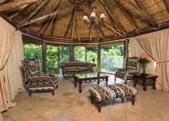 Premier Resort Mpongo Private Game Reserve - East London - Living room