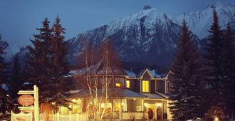 Lady Macdonald Country Inn - Canmore - Gebäude