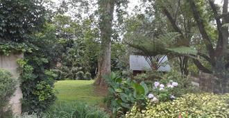 A Garden Suite - Pietermaritzburg - Näkymät ulkona