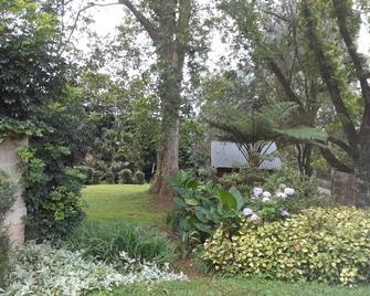 A Garden Suite - Pietermaritzburg - Außenansicht