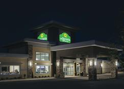 La Quinta Inn by Wyndham Fort Collins - Fort Collins - Κτίριο
