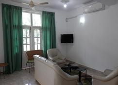 The Number 8 - Dehiwala-Mount Lavinia - Living room
