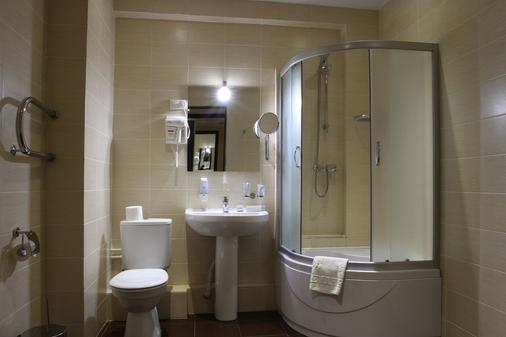 Hotel Crystal - Kazan - Bathroom