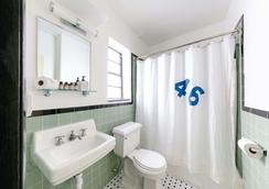 Freehand Miami - Miami Beach - Bathroom
