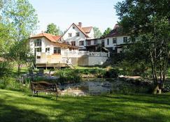 Pensionat Granliden - Höör - Building