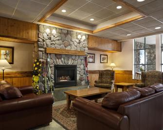 Coast Sundance Lodge - Sun Peaks - Sala de estar
