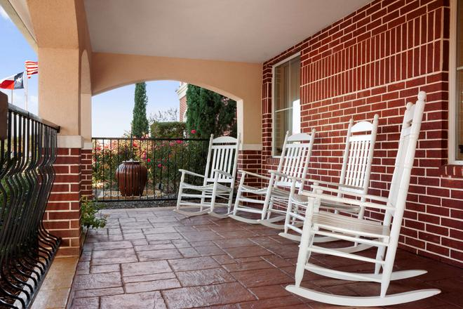 Country Inn & Suites by Radisson, College Station - College Station - Patio