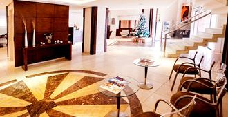 Blue Tree Towers Joinville - Joinville - Lobby