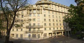 Austria Trend Hotel Ananas - Вена - Здание