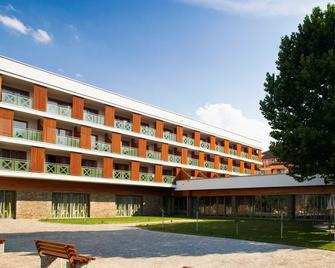 Hotel Atrij - Terme Zrece - Zrece - Gebäude