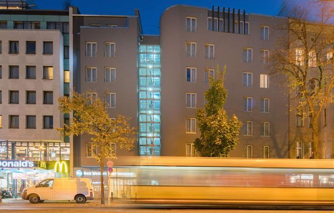 Best Western Hotel Kantstrasse Berlin - Berliini - Rakennus