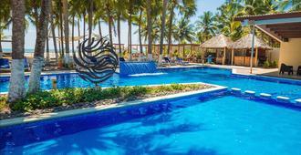 Izalco Hotel & Beach Resort - La Herradura
