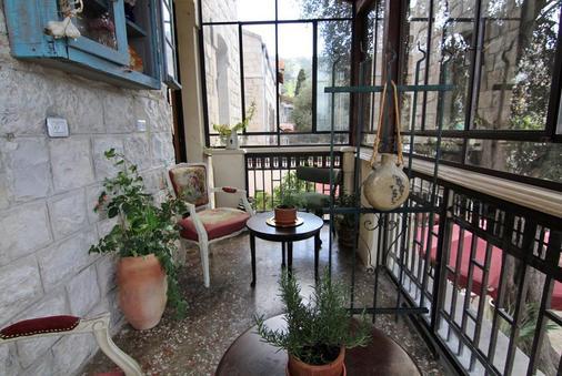 Atelier Luxury Rooms - Haifa - Ban công