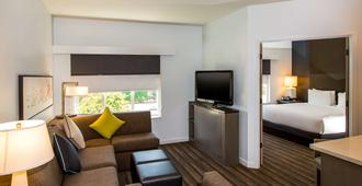 Hyatt House Santa Clara - Santa Clara - Living room