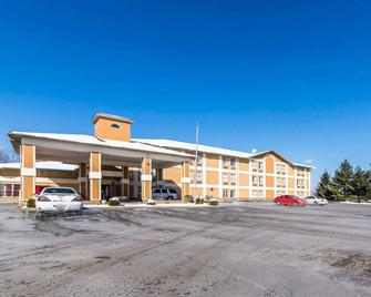 Quality Inn - Dry Ridge - Gebäude