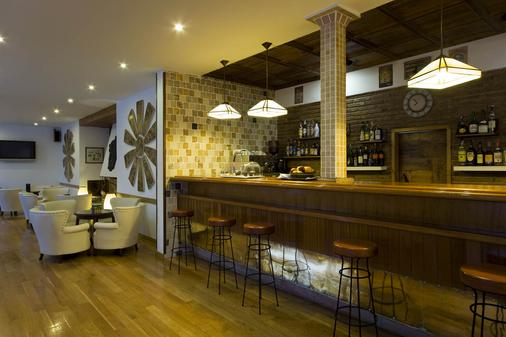 Hotel Araxa - Adults Only - Palma de Mallorca - Bar