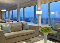 Radisson Blu Hotel Sandton, Johannesburg - Joanesburgo - Sala de estar