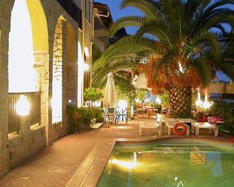 Hotel Pighi - Kriopigi - Pool
