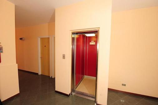 Hotel Kristall - Orvieto - Διάδρομος