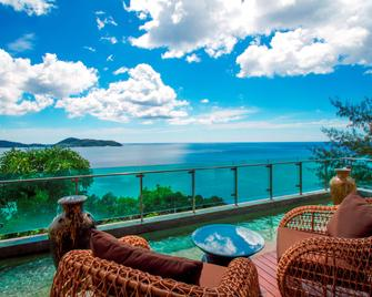 Wyndham Grand Phuket Kalim Bay (SHA Plus+) - Kamala - Balcony