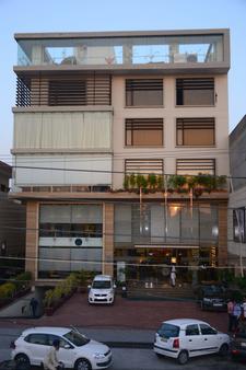 Evoke Avaas Lifestyle, Amritsar - Amritsar - Κτίριο