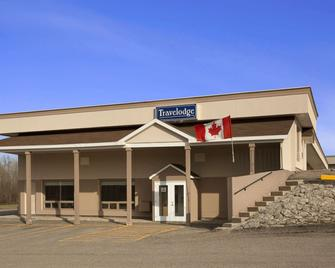 Travelodge by Wyndham Kapuskasing - Kapuskasing - Gebäude