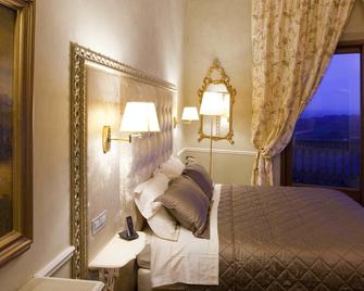 Palazzo Carletti - Montepulciano - Schlafzimmer