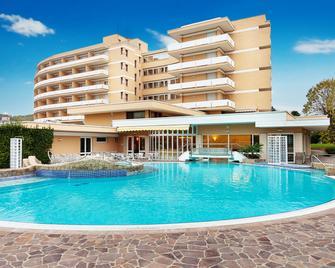 Hotel Sporting - Galzignano Terme - Pool