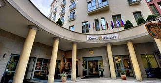 St. Joseph Royal Regent - Karlsbad - Gebouw