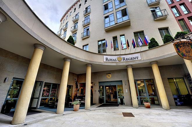 聖約瑟夫皇家麗晶酒店 - 卡羅維瓦立 - 卡羅維發利 - 建築