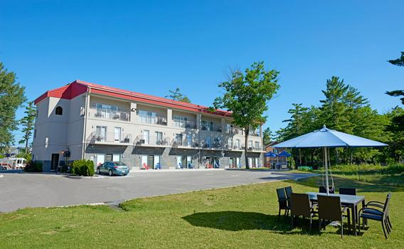 Wasaga Riverdocks Hotel Suites 62