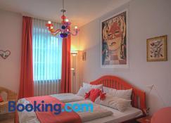 Hotel zum Goldenen Stern - Orlenbach - Bedroom