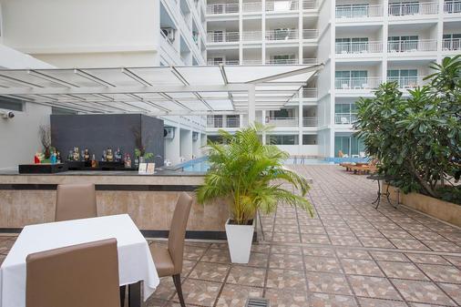 Chanalai Hillside Resort, Karon Beach - Karon - Bar
