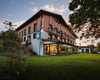 Hotel Atalaia - Irun - Building
