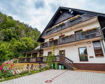 Guesthouse Resje - Bohinjska Bistrica - Building