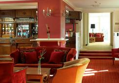 Hollins Hall Hotel, Golf & Country Club - Bradford - Lounge