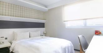 Dandy Hotel Tianmu Branch - טאיפיי - חדר שינה