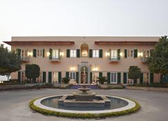 The Gateway Hotel Ramgarh Lodge Jaipur - Jaipur - Rakennus
