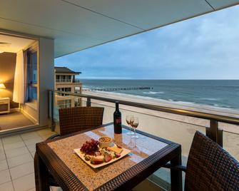 Oaks Glenelg Plaza Pier Suites - Glenelg - Balkón