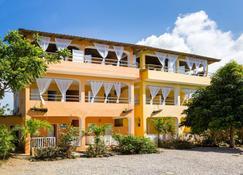 De Luz Hotel - Samaná - Κτίριο