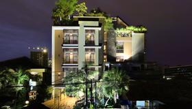 Rasuna Icon Hotel - Jakarta - Building