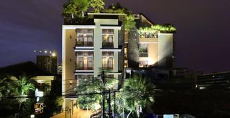 Rasuna Icon Hotel - ג'קרטה - בניין